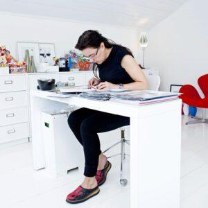 Mija Kinnings hem ger henne inspiration i sin arbetsroll som inredare