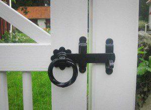 Bygga grind - och tillhörande lås