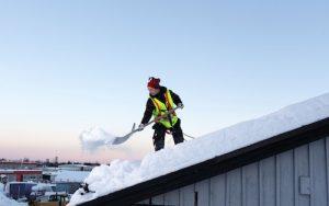 Skotta tak säkert med utrustning