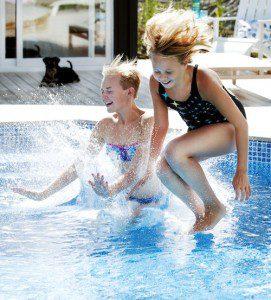 Bygga Pool Villaliv 2