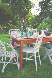 Udda stolar är typiska vackra loppisfynd