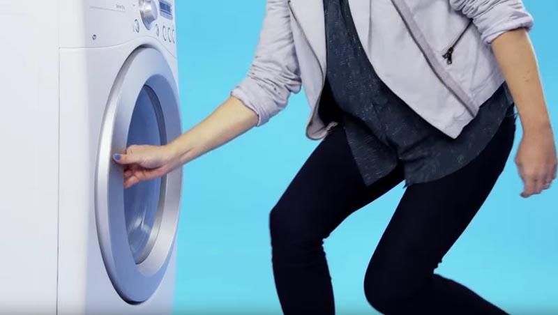 att stryka skjorta utan strykjärn