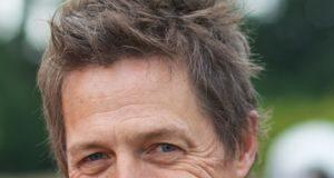 Hugh Grant gillar villalivet i Sverige