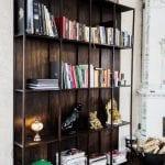 Sofia Wistams hem har så klart flera bokhyllor