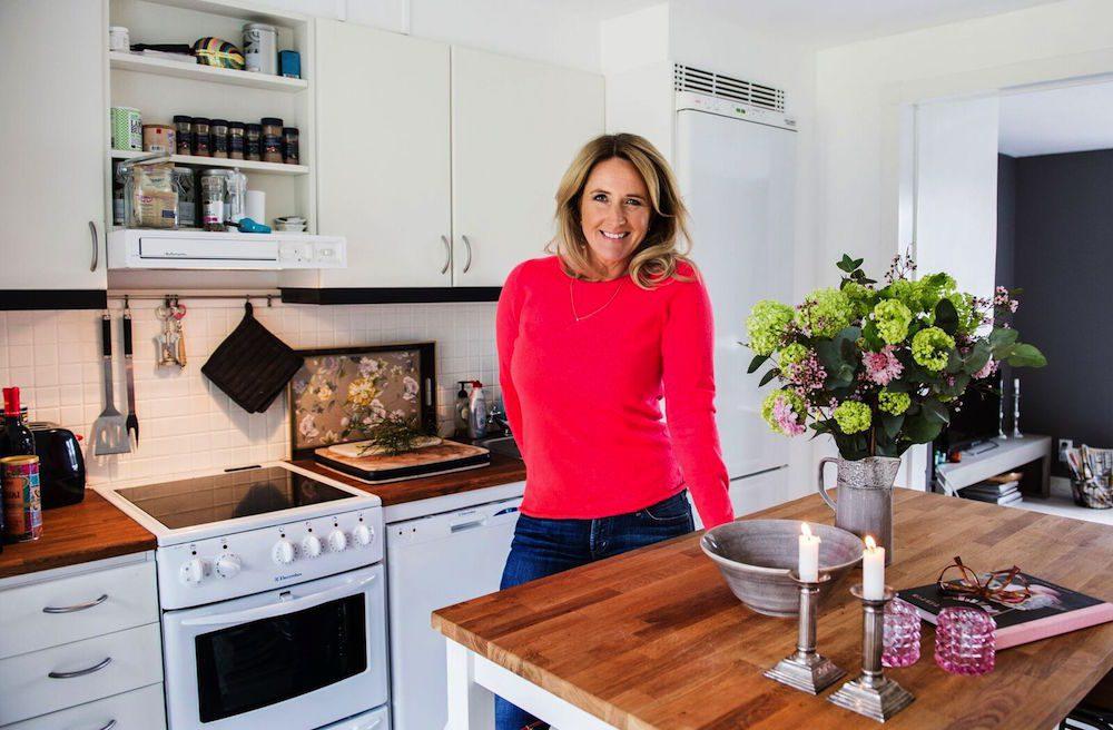 Denise Rudberg i sitt hem