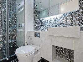 mosaikkakel i badrummet