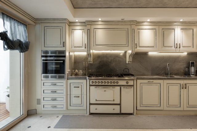 lantligt kök i rustik stil