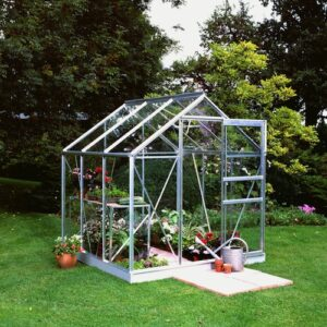 Vårarbete i trädgården