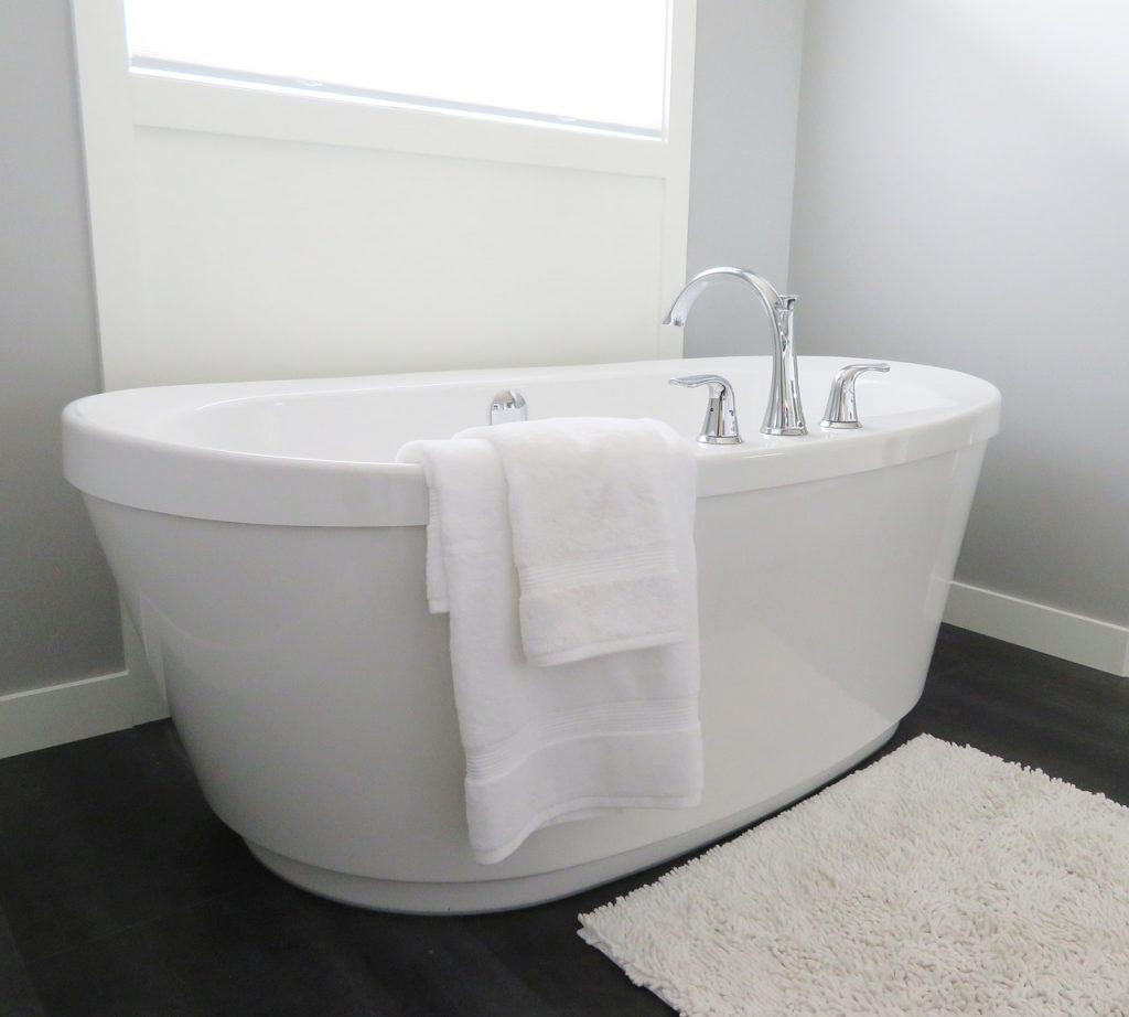 göra rent duschväggar