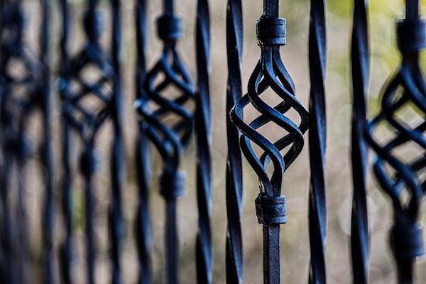 olika staket